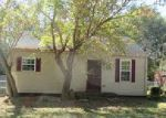 Foreclosed Home in Clarksville 37040 1216 GREENFIELD DR - Property ID: 4065422