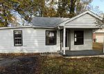 Foreclosed Home in Louisville 40216 5102 TERRY RD - Property ID: 4069240