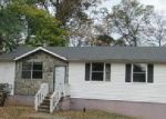 Foreclosed Home in Clarksville 37043 1327 GIBSON DR - Property ID: 4069797