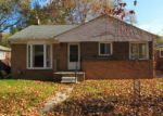 Foreclosed Home in Oak Park 48237 24300 RENSSELAER ST - Property ID: 4070016