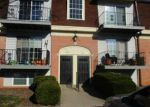Foreclosed Home in Louisville 40218 304 CHANEL CT APT 7 - Property ID: 4074474