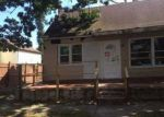 Foreclosed Home in Shirley 11967 10 LAFAYETTE DR - Property ID: 4077973