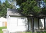 Foreclosed Home in Indianapolis 46218 2652 N BUTLER AVE - Property ID: 912360