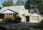 Foreclosed Home in North Tonawanda 14120 461 RONCROFF DR - Property ID: 70047127