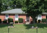 Foreclosed Home in Shelbyville 40065 104 WHITE OAK RD - Property ID: 70055145