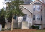 Foreclosed Home in Hickory 28601 5680 GOLD CREEK BAY - Property ID: 70062748