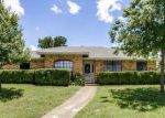 Foreclosed Home in Desoto 75115 808 N YOUNG BLVD - Property ID: 70094739