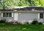 Foreclosed Home in Newton 50208 604 S 13TH AVE W - Property ID: 70104084