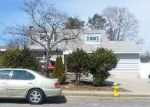 Foreclosed Home in Central Islip 11722 225 EARLE ST - Property ID: 6013275
