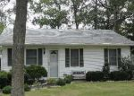 Foreclosed Home in Shirley 11967 5 BEDFORD AVE - Property ID: 6014052