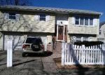 Foreclosed Home in Freeport 11520 155 PARSONS AVE - Property ID: 6165293