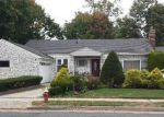Foreclosed Home in Hempstead 11550 47 KENSINGTON CT - Property ID: 6172206