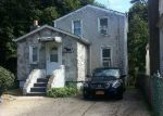 Foreclosed Home in Freeport 11520 98 OAK ST - Property ID: 6204420
