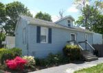 Foreclosed Home in Farmingville 11738 14 WOODMONT PL - Property ID: 6206397