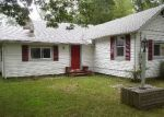 Foreclosed Home in Mastic Beach 11951 143 HUNTINGTON DR - Property ID: 6206400