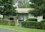 Foreclosed Home in Mastic Beach 11951 230 FOREST RD W - Property ID: 6206863