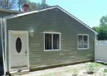 Foreclosed Home in Coram 11727 11 GRACE LN - Property ID: 6215338