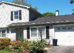Foreclosed Home in Coram 11727 965 OLD TOWN RD - Property ID: 6223821