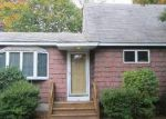 Foreclosed Home in Central Islip 11722 1978 JOSHUAS PATH - Property ID: 6228062