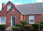 Foreclosed Home in Cleveland 44118 3945 WARRENDALE RD - Property ID: 6232021