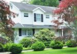 Foreclosed Home in Ridgefield 6877 23 MANOR RD - Property ID: 6243575