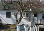 Foreclosed Home in Mastic Beach 11951 33 BARCLAY RD - Property ID: 6243788