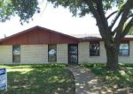 Foreclosed Home in Dallas 75249 7120 FIELD VIEW LN - Property ID: 6246017