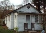 Foreclosed Home in Mastic 11950 157 PATCHOGUE AVE - Property ID: 6251513