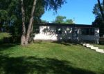 Foreclosed Home in Mchenry 60050 5306 N LAKE ST - Property ID: 6253047