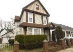Foreclosed Home in Roosevelt 11575 22 HORACE AVE - Property ID: 6254704