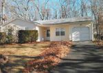 Foreclosed Home in Coram 11727 17 CHESTNUT ST - Property ID: 6267385