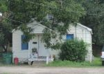 Foreclosed Home in Alvin 77511 1318 W BLUM ST - Property ID: 6271274