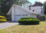 Foreclosed Home in Coram 11727 4 GABON LN - Property ID: 6281949