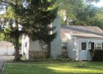 Foreclosed Home in Des Plaines 60018 2050 E CRAIG DR - Property ID: 6282031