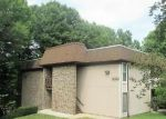 Foreclosed Home in Springfield 22152 5814 ROYAL RIDGE DR UNIT Q - Property ID: 6288225