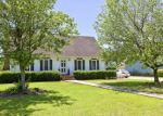 Foreclosed Home in Lumberton 28358 112 TARTAN RD - Property ID: 6288648