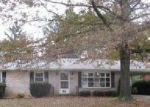 Foreclosed Home in Carlisle 17013 1913 ESTHER DR - Property ID: 6297019