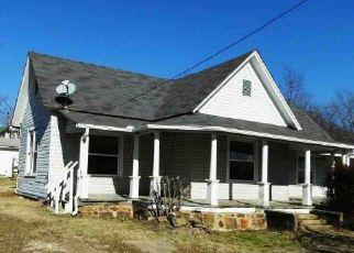 Foreclosure  id: 3907584
